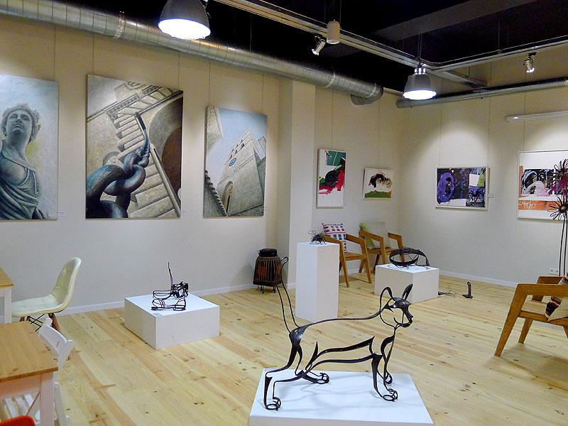 La galería de arte cambia de exposición cada quince días