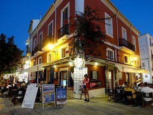 El Bar Can Pou es el café más antiguo de la ciudad